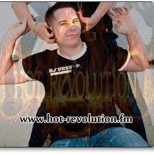 DJ Bass-P - Live Auf hot-revolution.fm ( Techno set 12.08.2012 )