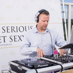 DJ Stefan Thomas in my house and your house