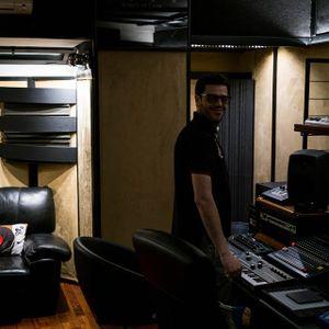 E.L.F aka Francesco Cianella@Space Echo Studios in the morning