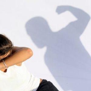 Il patrocinio gratuito per le donne alle prese con maltrattamenti, le novità spiegate dagli esperti