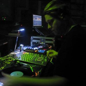 DJ Recis mix @ Decibel 118 - 24.12.2011 @ Techno.FM