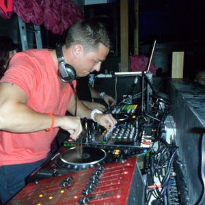 ThomasS Present's The Simon Patterson The Best Off Continous Dj Mix (Mixed By ThomasS)