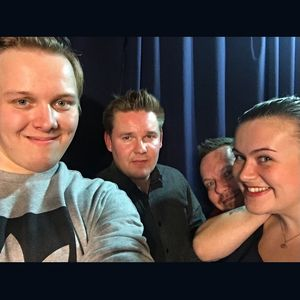 Imitaattori-koomikko-esiintyjä Antti Karjalainen vieraana (Viihteellä 15.12.2016)