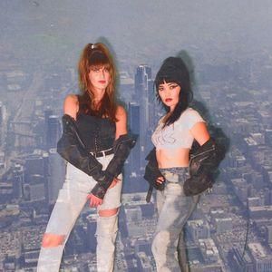 Crossed Wires w/ Amanda Siegel & Jenny Sayaka Nono: Oz