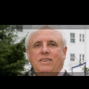 Jim Justice purchase Wintergreen resort