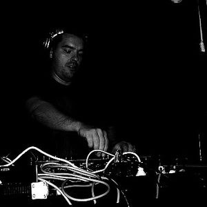 Speedy J @ Volume - Brooklyn NYC - 28.05.2004