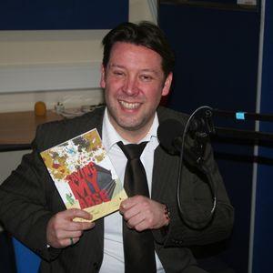 Mark Davies (Bowel Cancer Survivor and Author of 'Saving My Arse') on Lache FM 19-2-2013