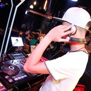 Nonstop_Phiêu Theo Điệu Nhạc_Nam Mix