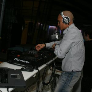 DJ X-BEAT - IN THE MIX 2007 (CLUB-HOUSE)