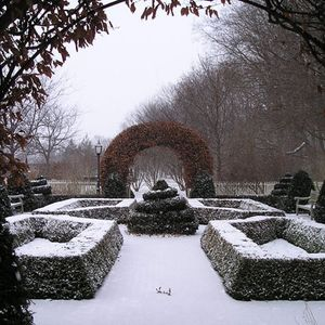 Frozen Garden, Kurtz selected chill-out tunes