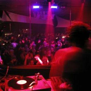 DJ Miss Nic Si Pero No July Mix 1
