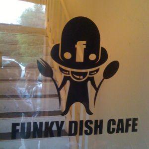 Mixmaster Morris @ Funky Dish Cafe, Isesaki Japan 2011