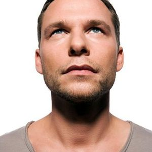 martin_buttrich_-_in_love_with_deepology_(proton_radio)
