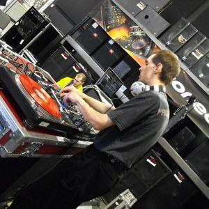 DJ X-Tydus - Set Live At Radio M (7 Mai 2011) (Eurodance Style)