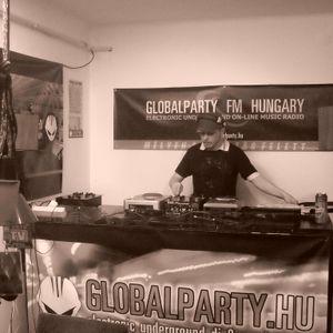 STEEVE B. presents: SOUNDTROPOLIS NIGHT RADIO SHOW at GLOBALPARTY FM 2010.04.08.
