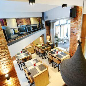 DELLA LA - Live @ ''ДОМ'' bar & restaurant in Banja Luka  03 10 2015