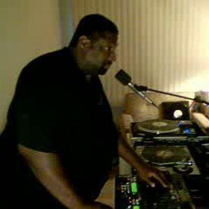 Dj Thomas Trickmaster E's Aug-22-Birthday Bash..Soul/Funk/Old Skool Grooves pt1..Live Mix Session.