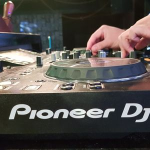 Mixtape - Tết Việt Nam Holiday 2018 - DJ Quảng Ninh On The Mix Ft DJ David Red