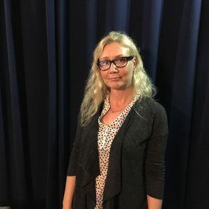 Anarkistinen Teehetki 19.10.2017: Murhaleski Anneli Auer vieraana