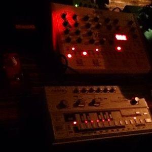 Recording On Mixlr (RADICAL3000 ACID LIVE Set - 2016.03.22.)