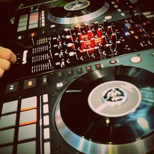 DJ_SHAWNPHILLIPS - LIVE_INTHEMIX_09.28.13_PROMO USE ONLY