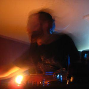 Nico Sé @ Mas Des Escaravatiers Pool Party (SouthOfFrance, 13/08/04)