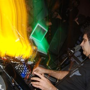 Alex Arnout (Dogmatik label party) @ Sektor 909 (17.12.2010)