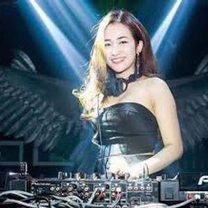 NST - Bas Đập PHÊ SML - Trang Moon tại Klub One Vol 1