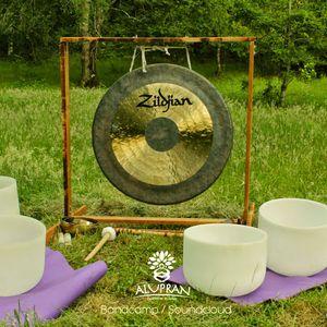 Relaxing, deep natural music meditation  ( Gong,tibetan & Quartz Bowls )