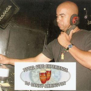 Total Vibe Experience(deep&soulful august 2012 mix)