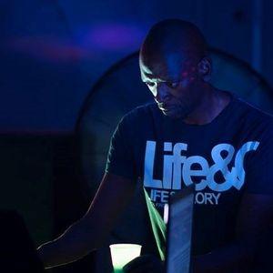 """Sunset House Party Mix Show - DJ Ken E Ken """"Gill Scott Heron Dubplate Edition"""" - Thurs 15th April"""