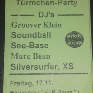 Türmchen-Party_A_17.11.1995_Groover K._Soundball_SeeBase_Marc Bean_Silversurver.XS.mp3
