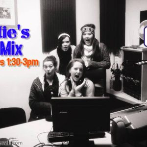 The Murphy Sisters on Katie's Hit Mix on CRCfm (11.1.14)