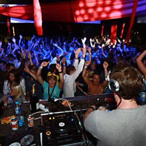 Mic LaRock april 2012 mix (house, international, festival)