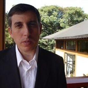 Entrevista a Roberto Dabusti (Gerente RSE de Grupo Telecom) Liderazgo