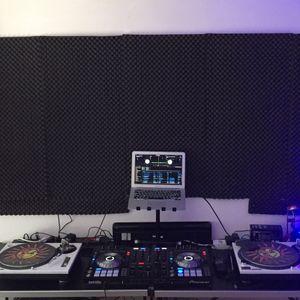 Dj Davino midsummer tech house mix 2017