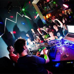 trouble gum live @ yesclub 24/08/2012