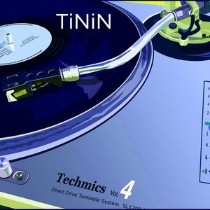 Techmics 4