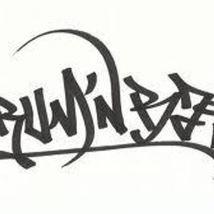 Last nights set on Dubwisefm myself Neil C Dropping some of the latest Jump up Dnb Bangerz ...