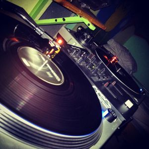 Dj Zombie - Time to beed MIX on Vinyl first time :)