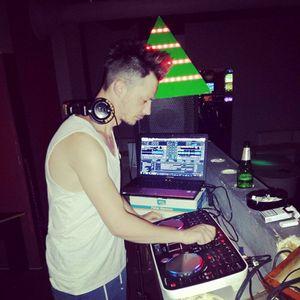 DJ FLAVOUR @ MIX RNB AUGUST