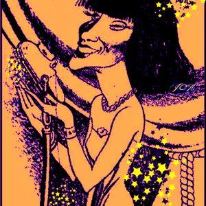 E surge ela... a que canta e samba diferente, explosiva e borbulhante como champagne !!!