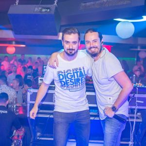 Partydul KissFM ed501 sambata part2 - ON TOUR Club Stage Alba Iulia (live warmup by Moving Elements)
