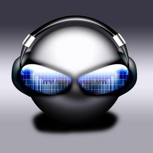 DJ DARKONE ON HEARUSHLIVE 24TH JUNE 2012