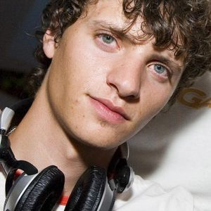 Alexander Miguel - guest mix 56(05.05.12)