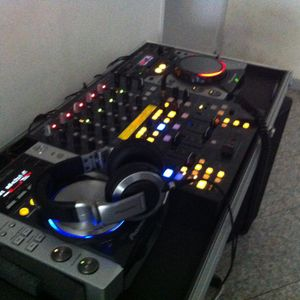 DjSet - 10/03/2012 Live On Radio Fab