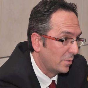 Ο συγγραφέας Παναγιώτης Δημητρόπουλος, μιλάει στο Διονύση Λεϊμονή