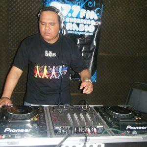 DJ Victor Cervantes Housession Episodio 13- 2014 (Best Of April 2014)