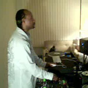 Dj Pk1...Classic House/House/Some Slow Jams In The Mix...Live Session Mix.