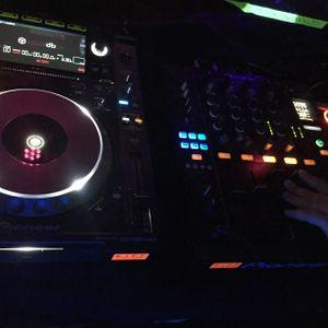 DJ Daniel's House & Deep House Live Mix Dez.15